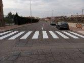 Efectúan trabajos de señalización vial horizontal en la calle Ciudad de Mérida para favorecer la seguridad en esta zona de la urbanización 'El Parral'