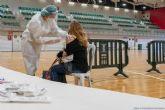 El pabellón Cabezo Beaza acoge la vacunación de 500 sanitarios