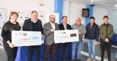 La Comunidad de regantes entrega a las asociaciones AELIP y D´Genes cheque recaudación barra solidaria de la celebración del 40 aniversario del trasvase Tajo-Segura