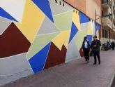 El Ayuntamiento de Murcia elimina más de 500 pintadas vandálicas en El Carmen gracias al ADN Urbano