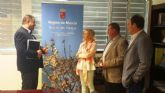 Autoridades municipales se reúnen con la consejera de Agricultura Agua