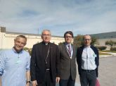 Mons. Chico confirma a 62 internos de la cárcel de Campos del Río