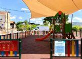 Puesta a punto de los 600 parques de los barrios y pedanías que mañana reabren a las familias murcianas