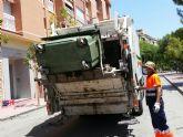El Ayuntamiento de Molina de Segura lleva a cabo un exhaustivo procedimiento de limpieza y desinfección en los seis mercados semanales del municipio