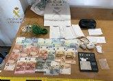 La Guardia Civil desmantela un activo grupo criminal que distribu�a las 24 horas del d�a distintos tipos de estupefacientes en dos �garitos�