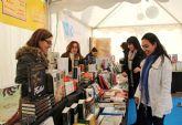 Puerto Lumbreras organiza la primera Feria del Libro con firmas de autores locales