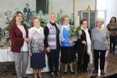 La asociación de Amas de Casa homenajea a sus socias mayores en su fiesta de Navidad