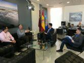 El alcalde de San Javier José Miguel Luengo defenderá las demandas de los taxistas de San Javier para operar en el nuevo aeropuerto de Corvera