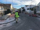 Comienzan las obras que culminarán la reposición de aceras en el barrio Los Pescadores