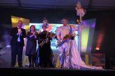 Estrellas Glamurosas encarnan se alzan con la Máscara del Carnaval y encarnan a Don Carnal y Doña Cuaresma