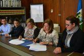 El Ayuntamiento y  FAMDIF/COCEMFE firman un convenio para la eliminación de barreras arquitectonicas