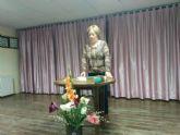 Usuarios del Centro Municipal de Personas Mayores participan en las actividades organizadas con motivo del Día Mundial de la Poesía