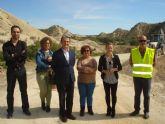 La alcaldesa visita junto al director general de carreteras las obras en la RM - B31 que conecta Campos del Río con la pedanía de Los Rodeos