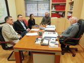 Serrano busca una colaboración 'codo con codo' con la Junta de Hacendados para lograr una recuperación definitiva y plena de la histórica red de regadío