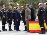 El director general de Seguridad Ciudadana y Emergencias recibe la Cruz al Mérito Militar con Distintivo Blanco