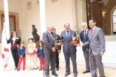 Pedro Antonio Sánchez muestra el respaldo de la Comunidad a que las fiestas de Abanilla sean declaradas de Interés Turístico Nacional