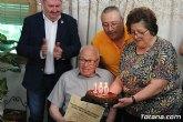 El alcalde felicita al vecino Diego Sánchez Andreo, con motivo de su centenario cumpleaños