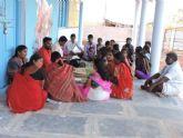 Un proyecto de Cooperación y de la Fundación Vicente Ferrer permite sustituir 67 chozas deterioradas en aldeas pobres de la India por viviendas con saneamiento