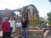 La consejera de Turismo y Cultura en funciones visita las obras de restauración de la Noria Grande de Abarán