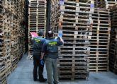 La Guardia Civil detiene a un padre y a su hijo por el hurto continuado de materiales a una empresa de San Javier