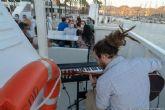 Continúan los paseos con música en directo y al atardecer desde el mar