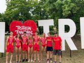 Primera competición internacional para las jóvenes triatletas murcianas Nieves Navarro e Isabel Navarro