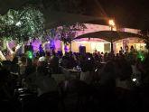 Actuaciones y humor en directo han sido la base de 'Las noches del museo' en Archena