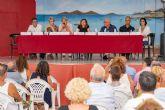 Administración y vecinos irán de la mano en la recuperación del Mar Menor y la eliminación de los lodos