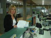 La alcaldesa de Campos del Río registra en la consejería de Fomento los documentos de la disposición de los terrenos para el arreglo definitivo de la carretera RM – 531
