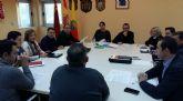 Un convenio permitirá contar en breve con tres desfibriladores para tres polideportivos del municipio