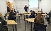 Moya visita al alumnado que cursa formación para el empleo 2020/2021