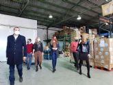 El servicio de limpieza y recogida de residuos dona cerca de 2.000 kilos de productos al Banco de Alimentos del Segura
