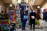 La APC entrega al Ayuntamiento de Cartagena 400 juguetes para su campaña 'Contagia ilusión. Juguetea'