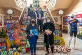 La Autoridad Portuaria dona 400 juguetes a la campaña del Ayuntamiento
