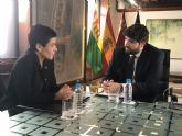 El presidente Fernando López Miras recibe a la alcaldesa de Beniel