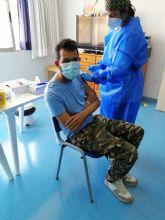 Los usuarios y profesionales del centro de día de personas con discapacidad reciben la segunda dosis de la vacuna contra la Covid19