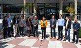 El Ayuntamiento de San Pedro del Pinatar guarda un minuto de silencio por los atentados de Bruselas