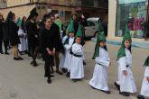 Los alumnos del San Pedro Apóstol trasladan en procesión la imagen de San Juan Evangelista - Semana Santa 2018
