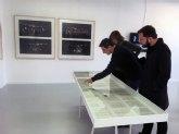 El Párraga acoge la exposición ´La estupidez de la puesta en escena´, un recorrido por las inquietudes del artista Mira Bernabéu