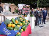 Fecoam y Coag engalanan la ciudad de Murcia con productos de la huerta durante las Fiestas de Primavera