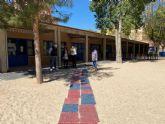 La Escuela Infantil de Santiago el Mayor mejora su acceso por el patio para facilitar la entrada al centro de los usuarios