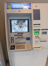La Guardia Civil detiene al presunto autor de los danos ocasionados en dos cajeros de una sucursal bancaria