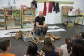 'El museo en el cole' acerca a los escolares la actividad de los primeros pobladores del municipio