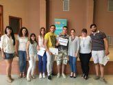 Un total de 15 jóvenes obtienen su diploma de auxiliar de comercio a través del programa Ternibén