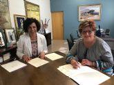 El Ayuntamiento renueva el convenio de colaboración con Aldea para mejorar la atención a personas con alzheimer