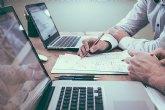 La jornada intensiva reduce la carga laboral y promueve la formación de los empleados