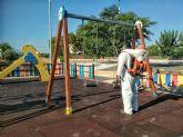 El Ayuntamiento emprende la desinfección de los parques infantiles del municipio