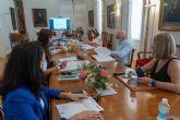 El Ayuntamiento contratará a 17 personas desempleadas en colaboración con el SEF