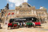 Colores albinegros en la nueva imagen del autobús del FC Cartagena