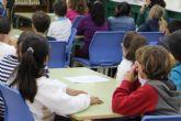 El Ayuntamiento aprueba las bases de las ayudas al estudio para alumnos excelentes, de movilidad y material